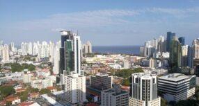 Moodys también baja calificación de Panamá, pero aún mantiene grado de inversión